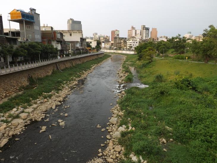 「老街溪」的圖片搜尋結果